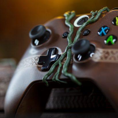 """Аукцион по """"Ларкиной"""" Microsoft Xbox One X приближается к отметке в 250 тысяч рублей"""